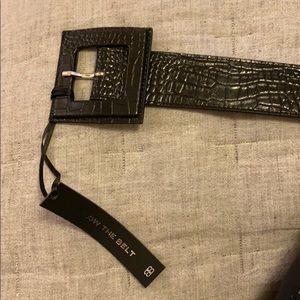 Annie croco belt